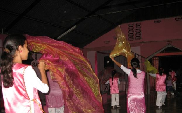 Dancers at Libertad 81