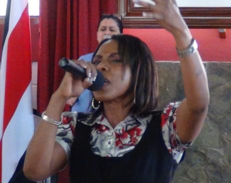 Henriette in Song