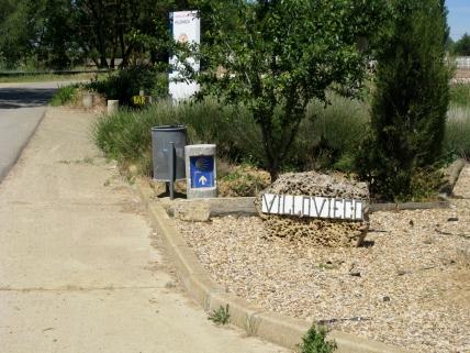 Villavieco Sign