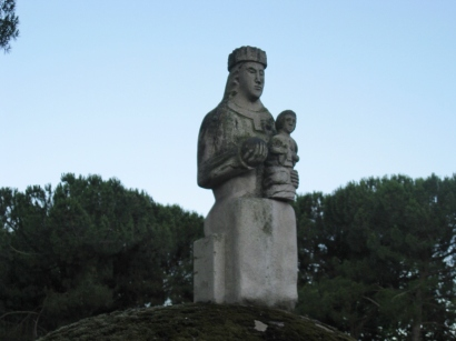 Iglesia Madonna & Child