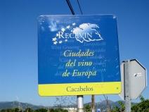 Coming into Cacabellos