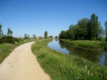 The Way Along Canel de Castille